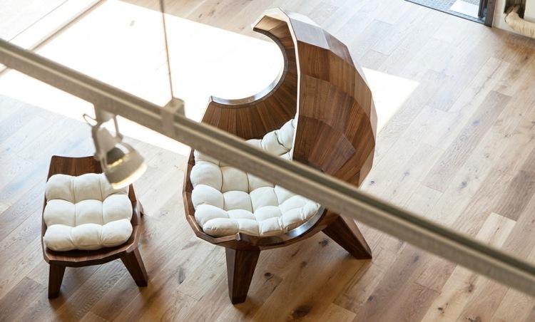 Дизайнерское кресло со всех ракурсов выглядит очень привлекательно
