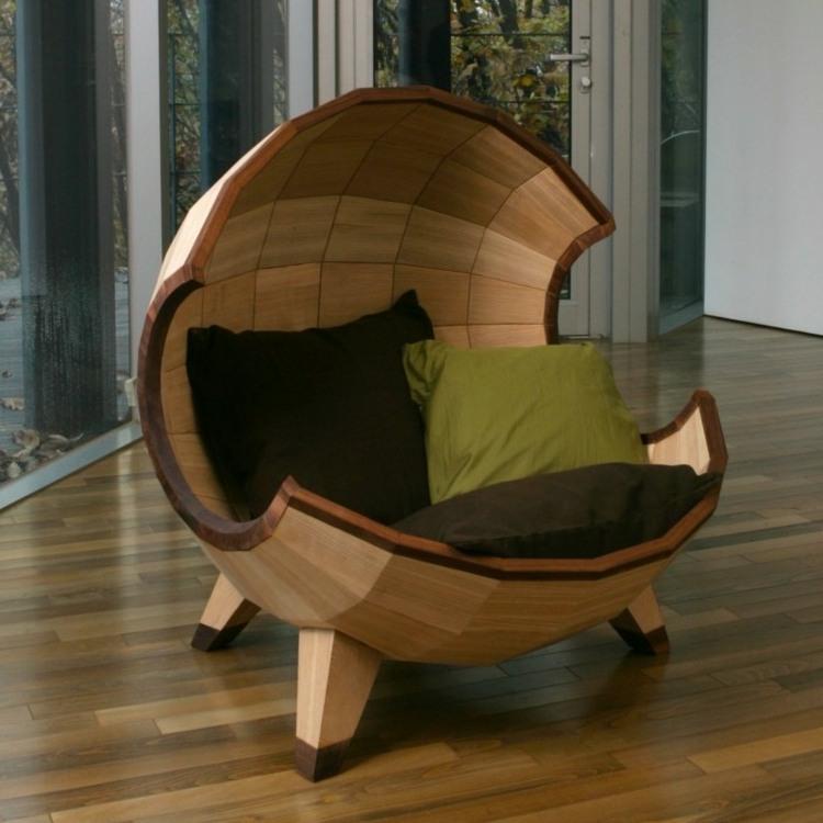 Оригинальное кресло выпускается также в светлом варианте