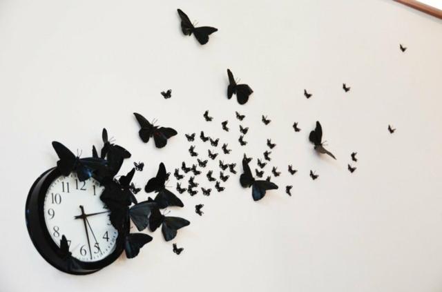 Wand-Deko-Ideen-selber-basteln-schwarze-Papier-Schmetterlinge
