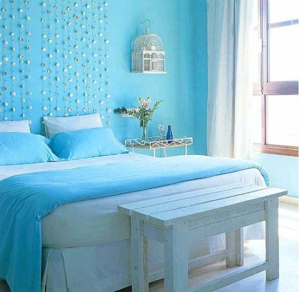 blaue-farbtöne-schlafzimmer-bett-hell
