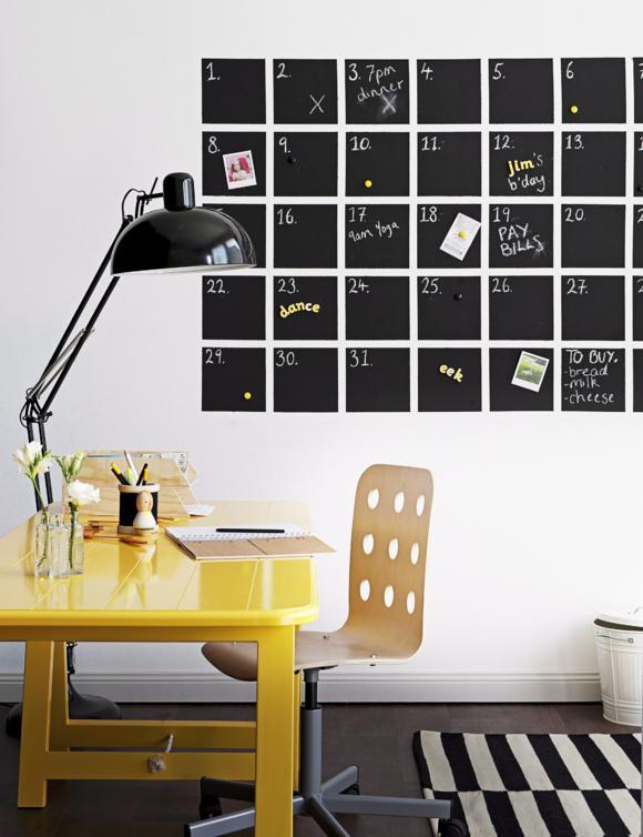 Организация рабочего места дома с помощью большого настенного ежедневника