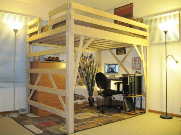 Двухъярусная кровать с рабочим местом внизу