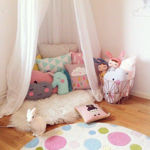 Подушки в детскую комнату своими руками 83