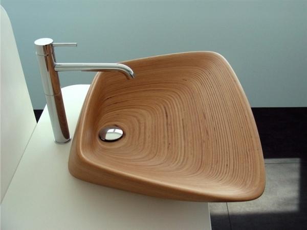 Деревянная раковина в минималистичном дизайне
