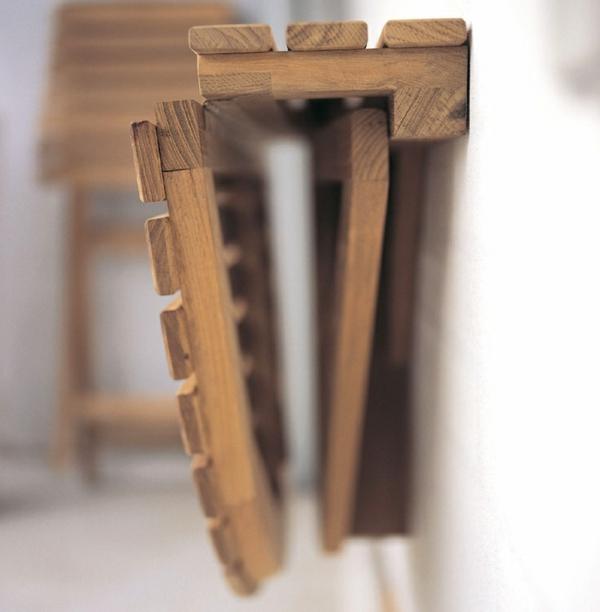 Круглый деревянный складной стол-консоль
