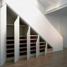Шкаф под лестницу своими руками