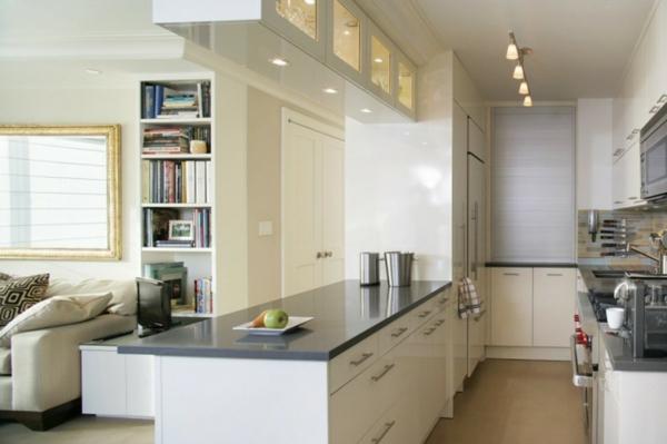 Интерьер белой глянцевой кухни