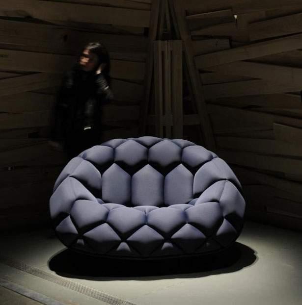 Оригинальный дизайн бескаркасного кресла-мешка
