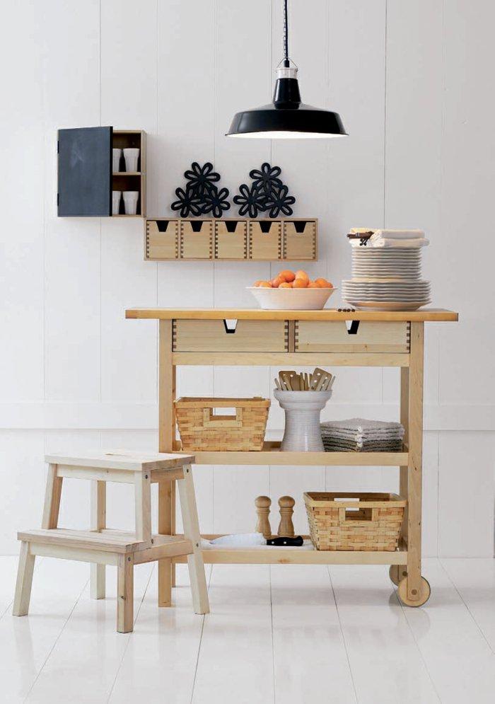 оригинальная мебель для кухни из натурального дерева фото