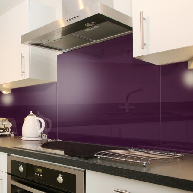 бело-фиолетовая кухня фото