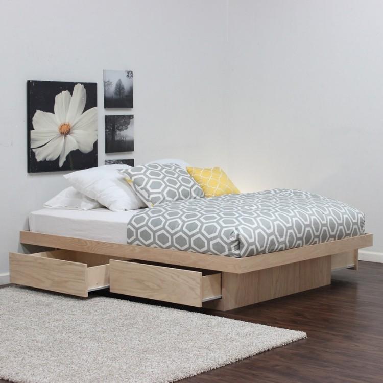 двуспальная кровать с выдвижным ящиком фото идеи для маленькой спальни