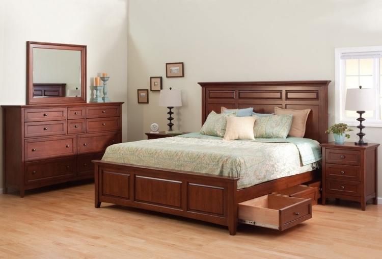 классическая мебель кровать с ящиками для хранения массив фото идеи для маленькой спальни