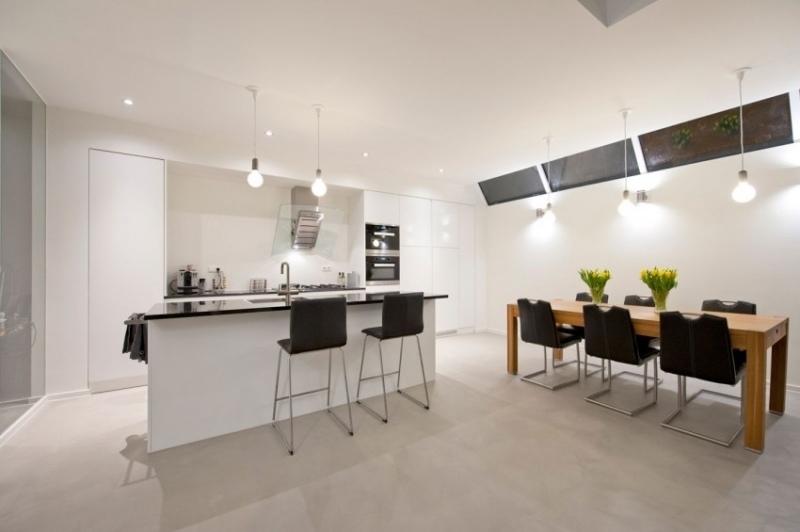 маленькая белая кухня со столовой фото современный интерьер минималистичный дизайн
