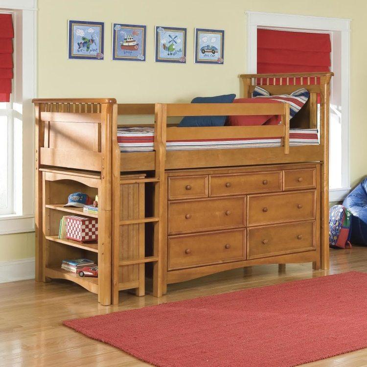 высокая детская кровать с выдвижными ящиками фото идеи для маленькой спальни