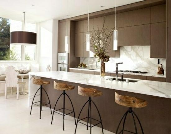 барные стулья для кухни из дерева фото