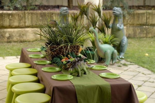 декор оформление детского праздника фото в стиле динозавры сервировка идеи