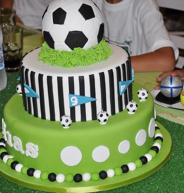 декор оформление детского праздника фото в стиле футбол для мальчиков торт идея
