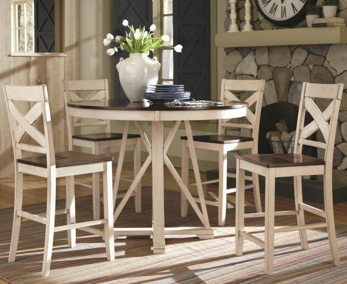 деревянные бежевые стулья для кухни фото