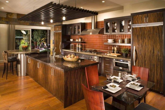 деревянные стулья обеденные для кухни фото красные