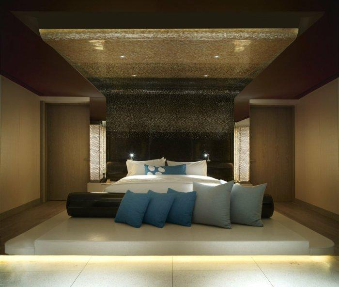 идея освещения в спальне фото в интерьере навесной потолок
