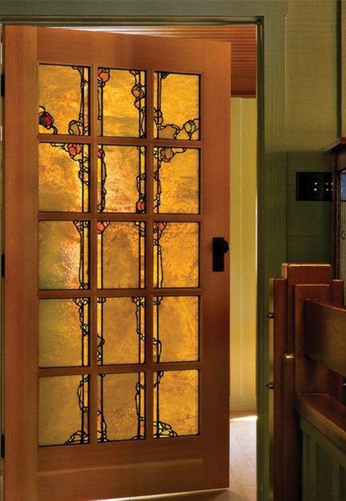 межкомнатная дверь со стеклом витраж фото