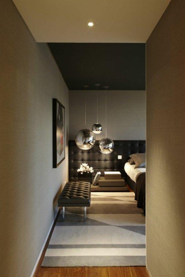освещение в спальне фото круглая люстра металл