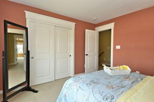 развижные белые межкомнатная дверь фото
