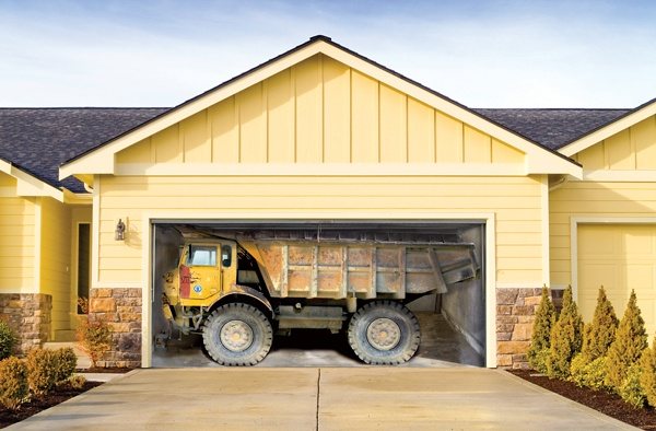 3D наклейки на ворота гаражные идеи фото грузовик