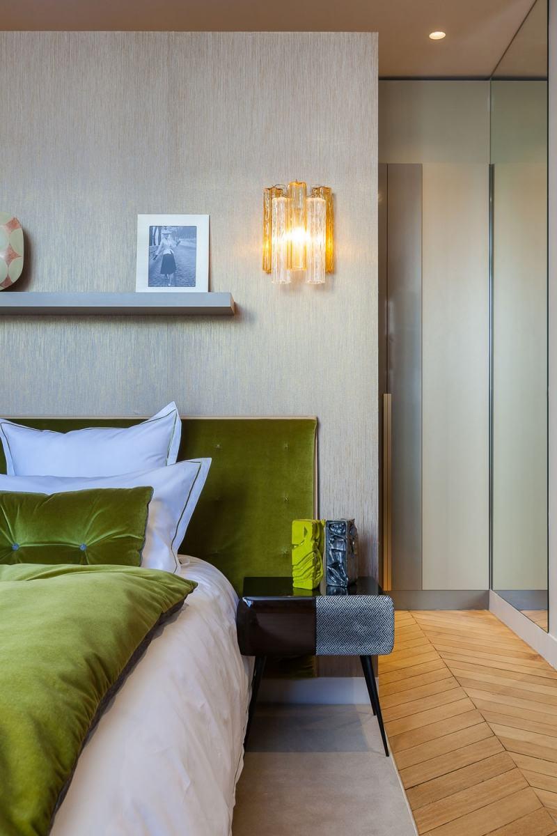 бархатная кровать современное барокко фото спальня
