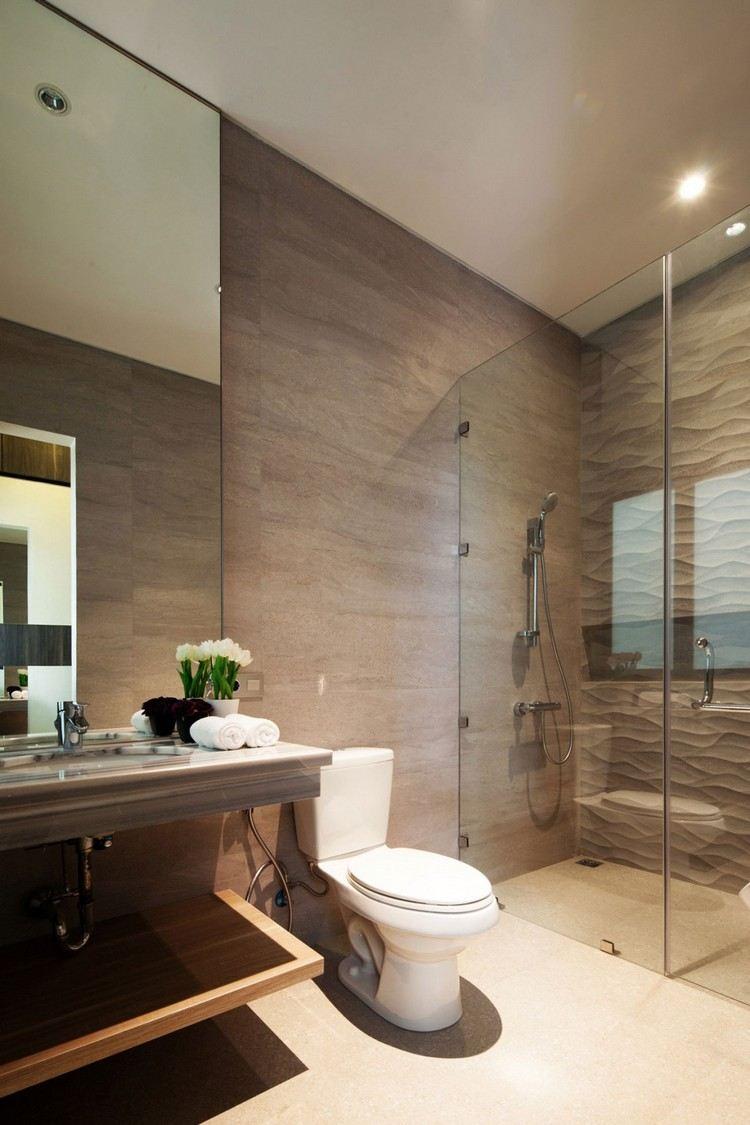 дизайн ванной с панелями фото стеклянная шторка