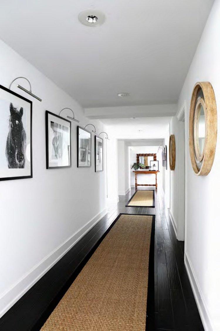 идеи дизайна коридора фото черно-белые картины белые стены