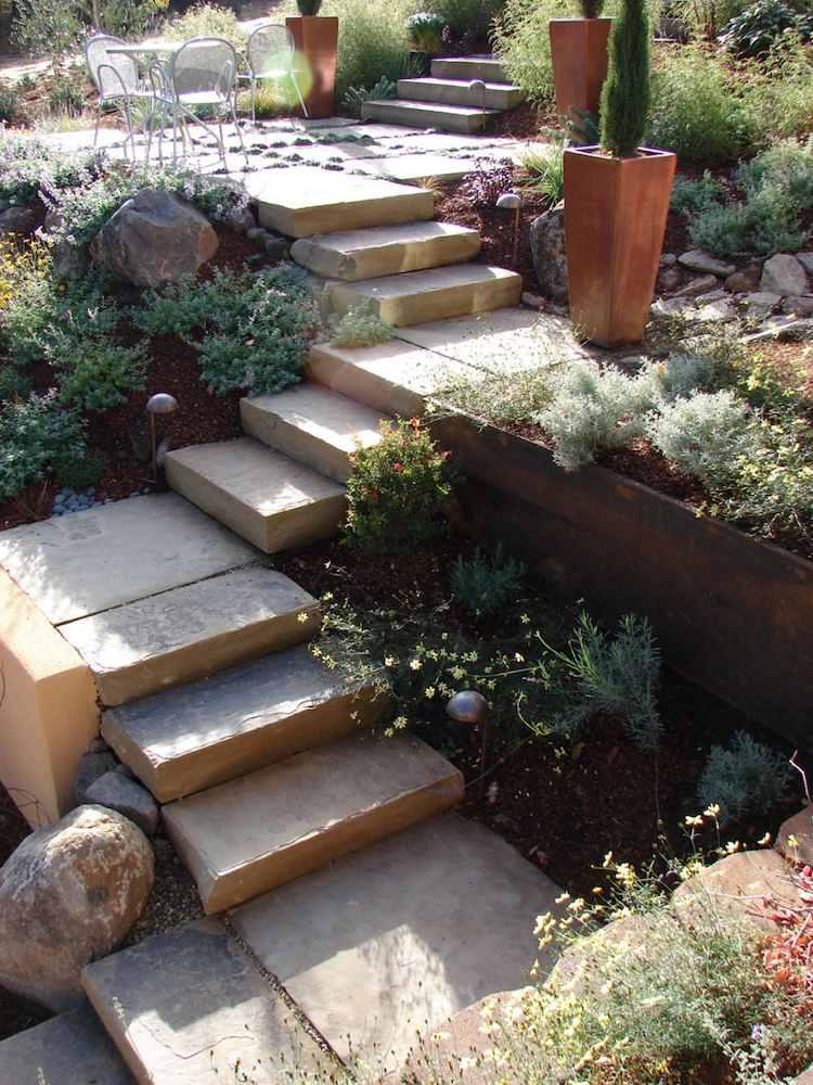 идея садовой лестницы своими руками из бетона