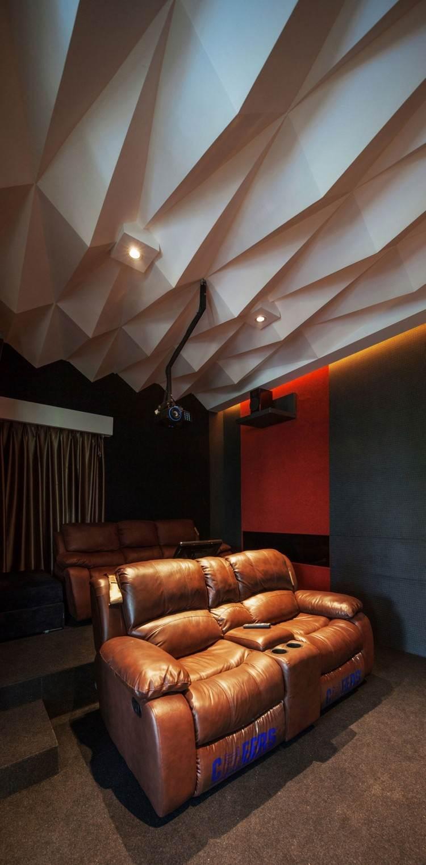 идея современного дизайна потолка фото белые 3д-панели домашнеекино
