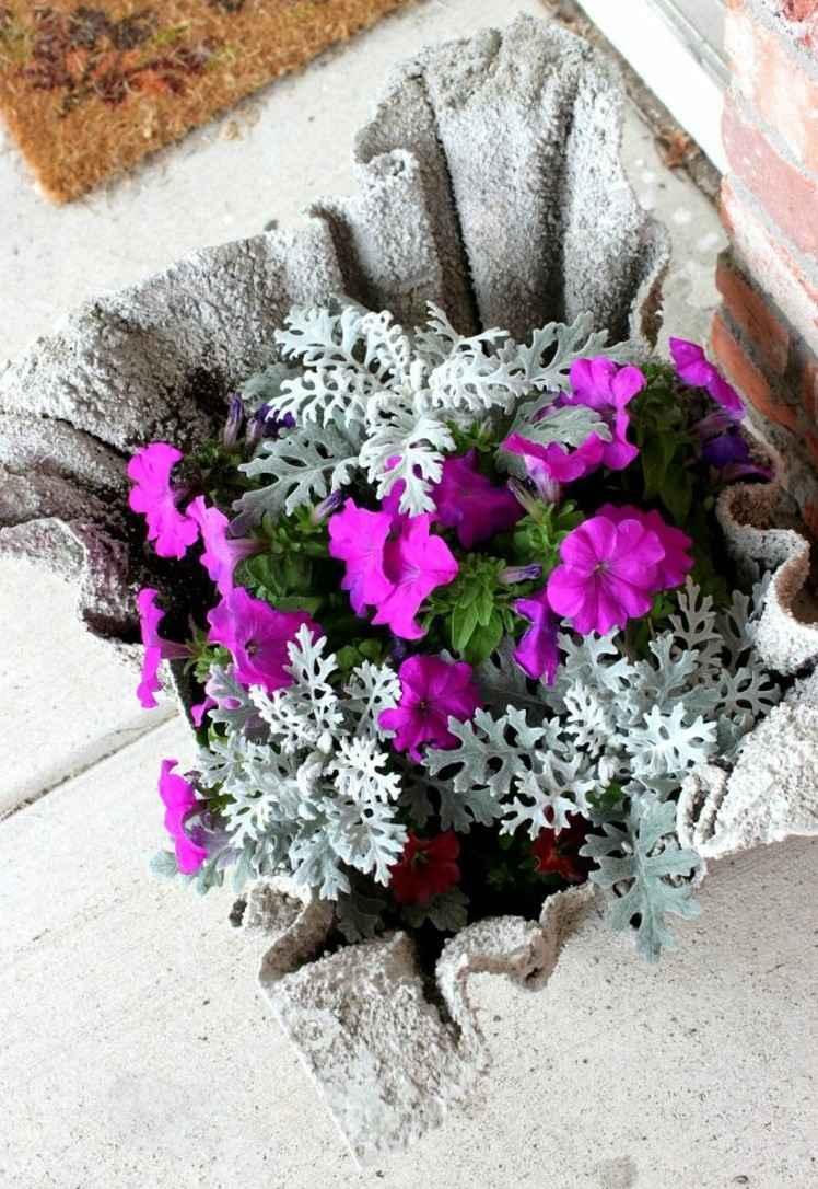 Как сделать своими руками вазоны из цемента для уличных цветов 46