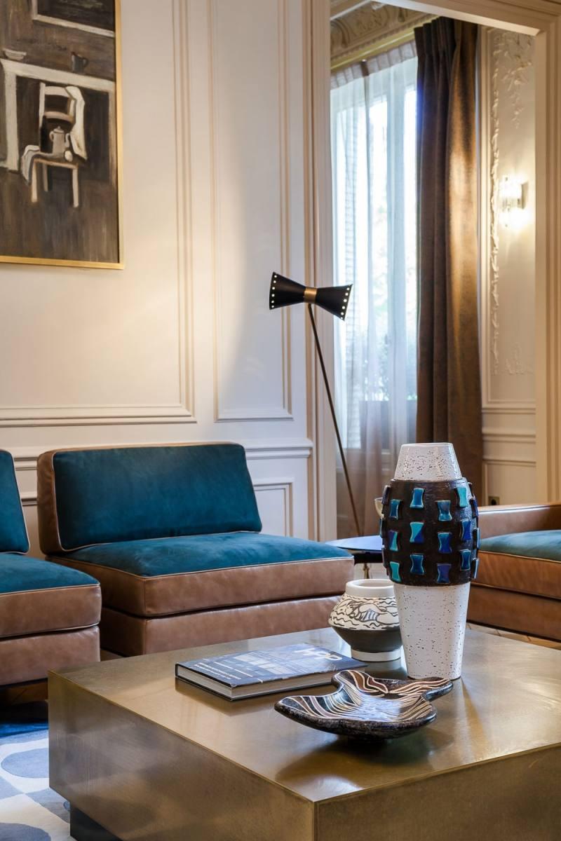 современные элементы в гостиной в стиле барокко фото