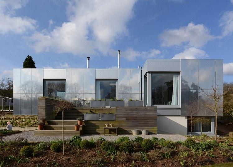 современный фасад зеркальный фото плоская крыша алюминий англия