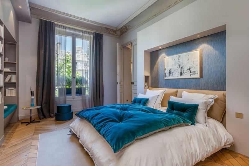 элементы барокко фото в современной спальне