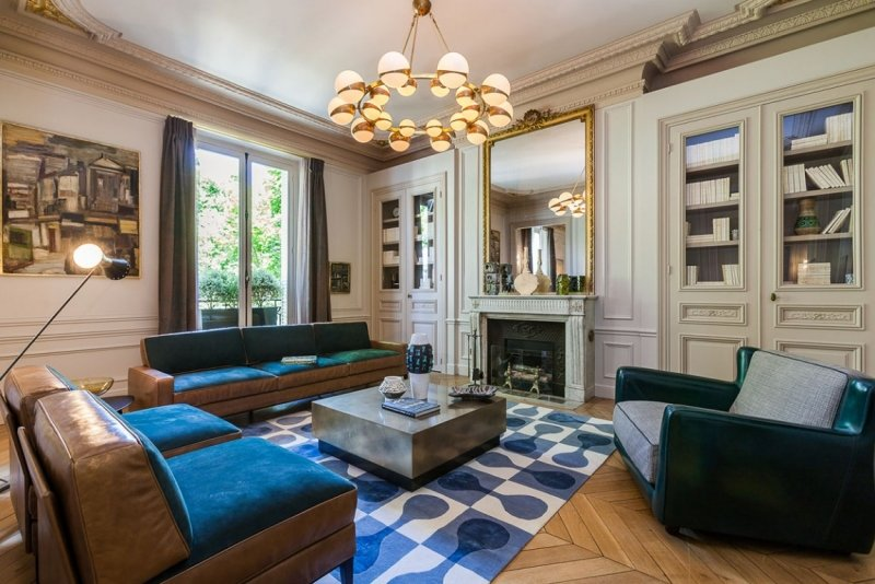 элементы барокко в современной гостиной фото