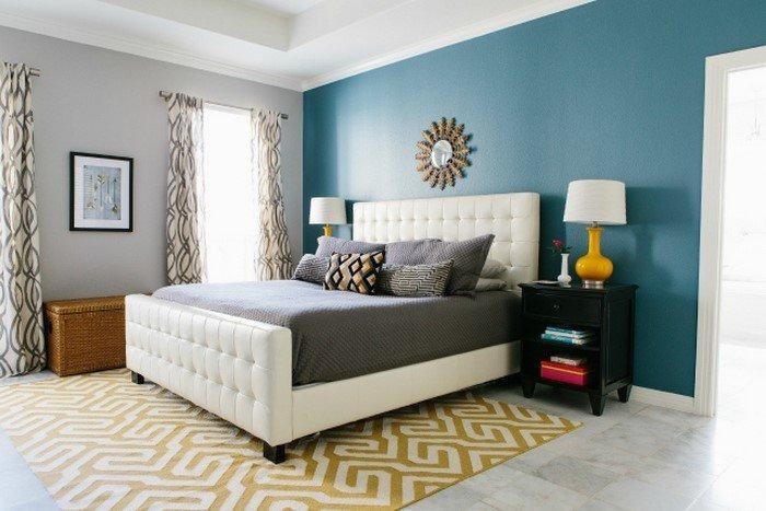 Современные идеи дизайна спальни 2016 фото голубые стены белая кожаная кровать