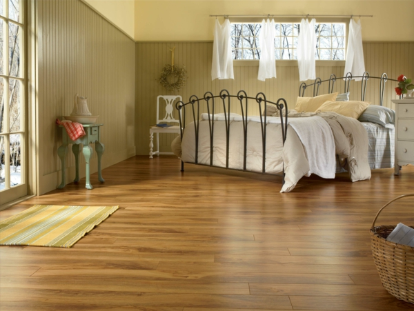 коричневый ламинат в интерьере спальни фото романтичный дизайн