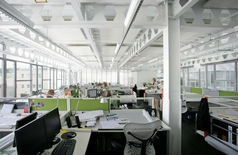 освещение офиса фото led освещение дневной свет настольные лампы
