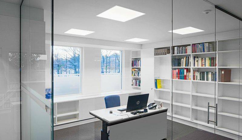 освещение офиса фото потолочные led светильники