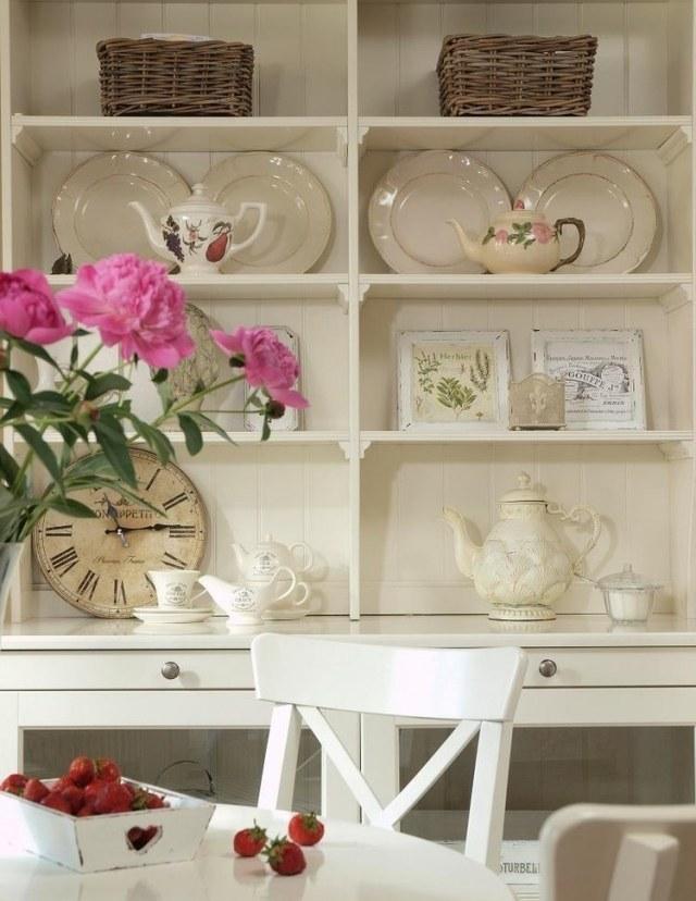 стиль шебби шик в интерьере кухни фото буфет аксессуары декор