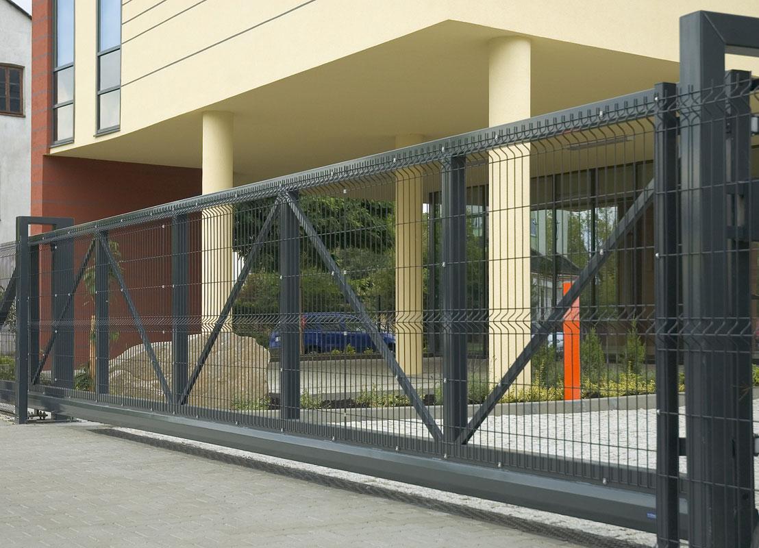 промышленные откатные ворота фото сетка