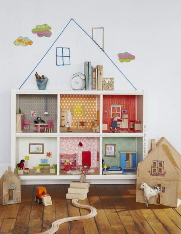 Как сделать домик для куклы в детской 969