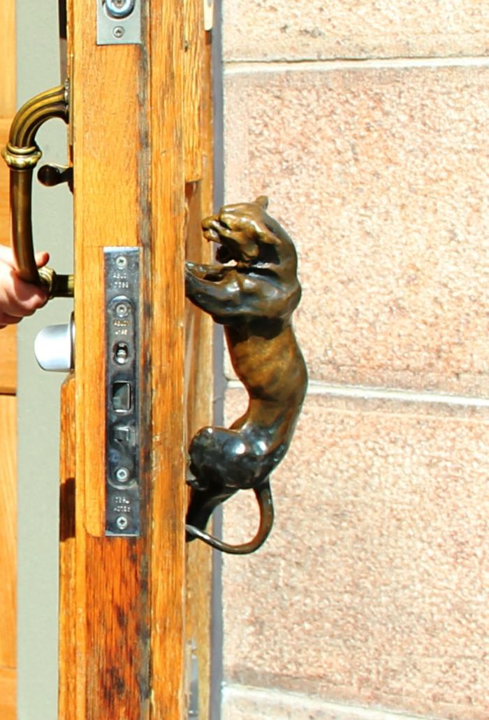 originalnye-dvernye-ruchki-foto-18