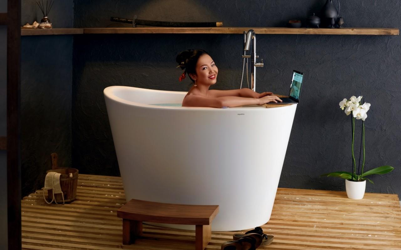 Роскошная ванна необычной формы 3