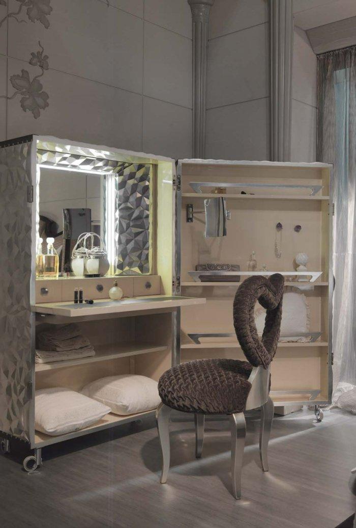 Раздвижной туалетный столик-студия