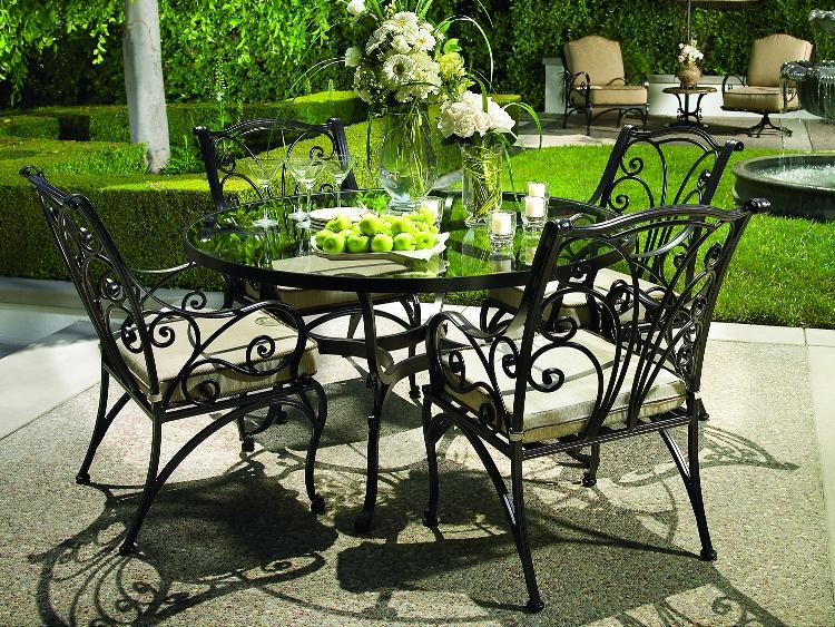 Кованая мебель для сада фото