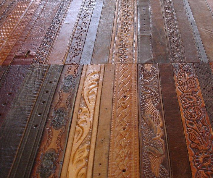 Ковер ручной работы из кожаных ремней